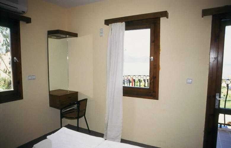 Area - Room - 1