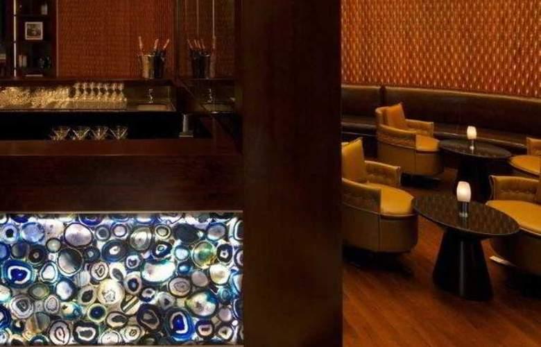 Jumeirah Emirates Towers - Bar - 28