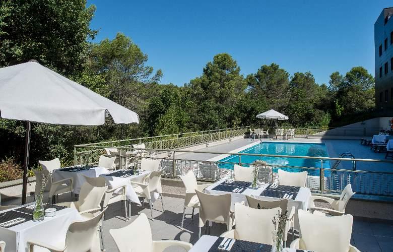 Bluebay City Barcelona Sant Cugat - Pool - 14