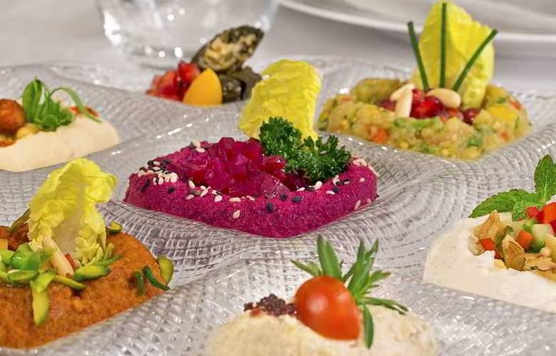 The Ritz Carlton Abu Dhabi, Grand Canal - Restaurant - 27