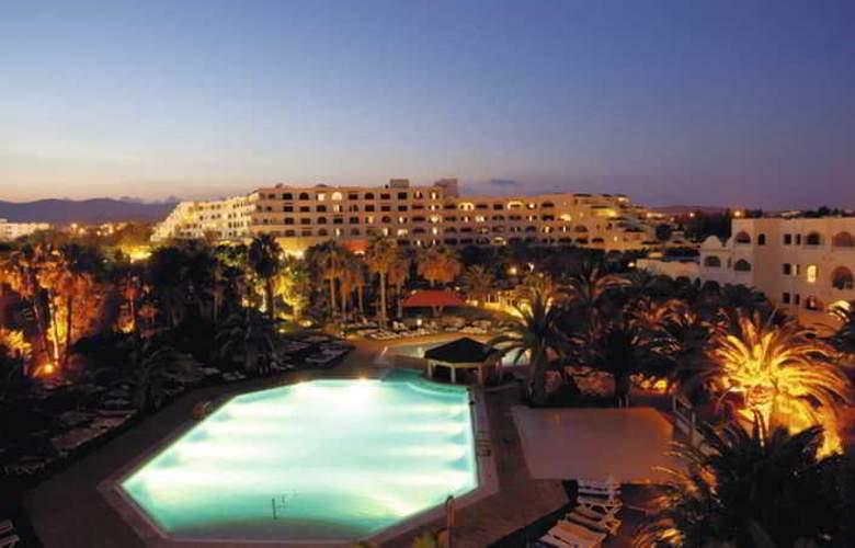 Holiday Village Manar - Hotel - 1