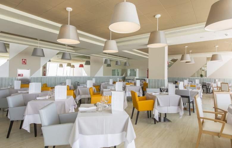 Grand Luxor - Restaurant - 28