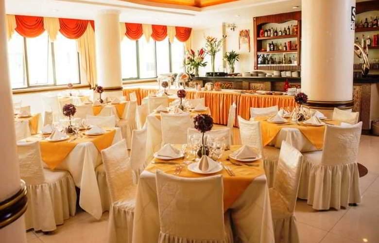 Kingdom Hotel - Conference - 1