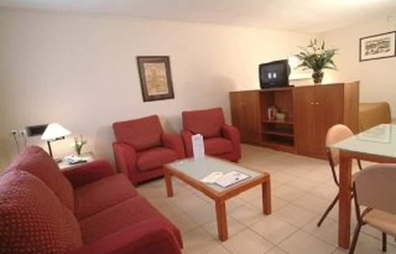 Aparthotel Bertran - Room - 5
