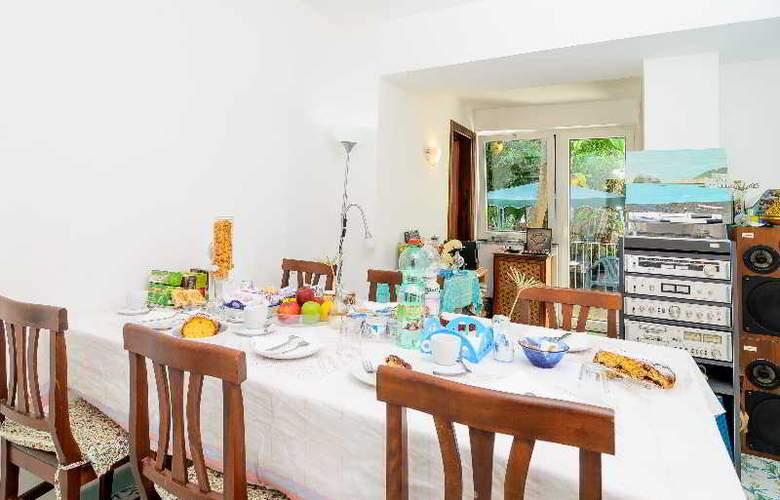 Maison Twentyfive - Guest House - Restaurant - 15