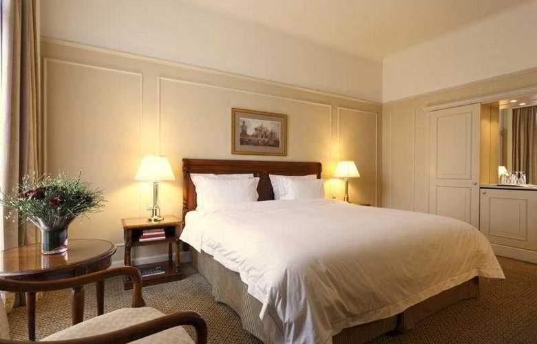 Le Plaza - Room - 3
