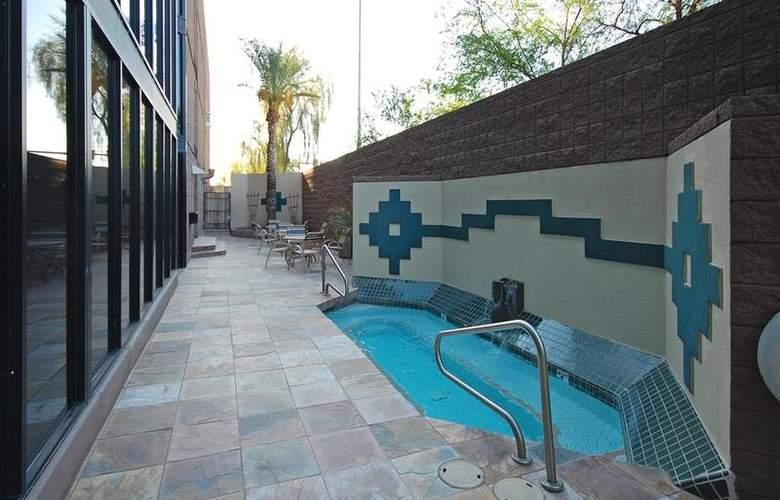 Best Western Inn of Tempe - Pool - 3