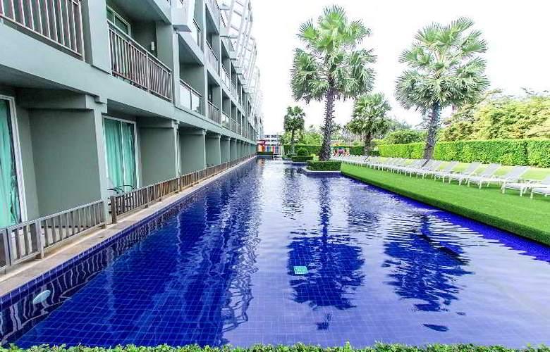 Sugar Palm Karon Resort - Pool - 7
