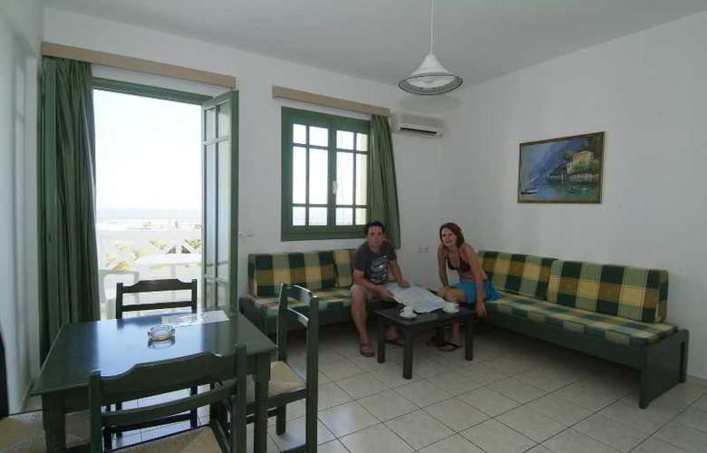 Nikolas Villas - Room - 7