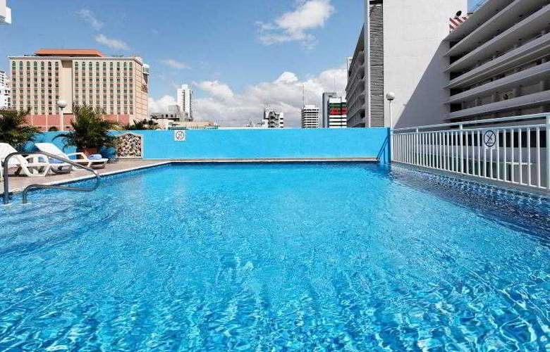 Crowne Plaza Panama - Pool - 31