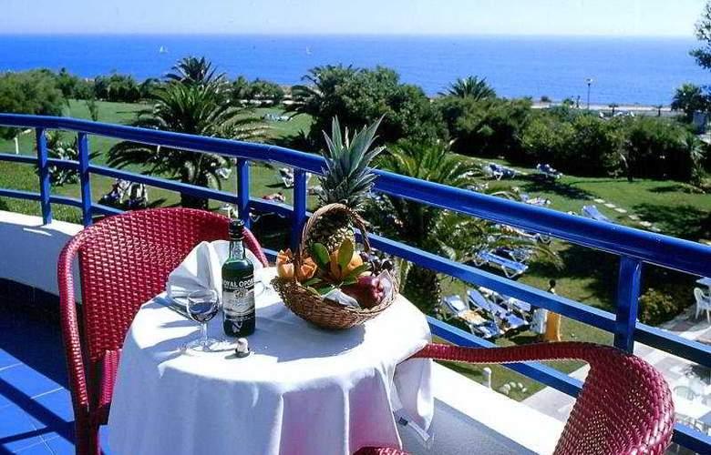 Pestana Cascais Ocean & Conference Aparthotel - Terrace - 12