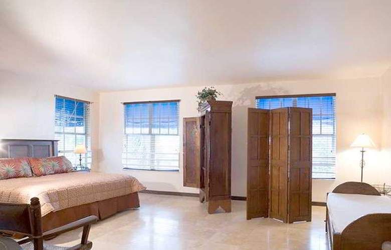 Beach Paradise Hotel - Room - 5