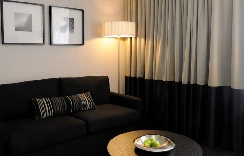 Park Regis City Centre - Room - 3