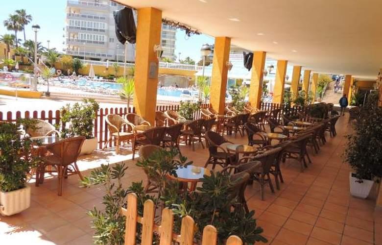Gran Hotel Peñiscola - Terrace - 16