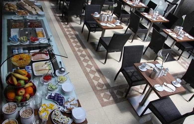 Bristol - Restaurant - 9