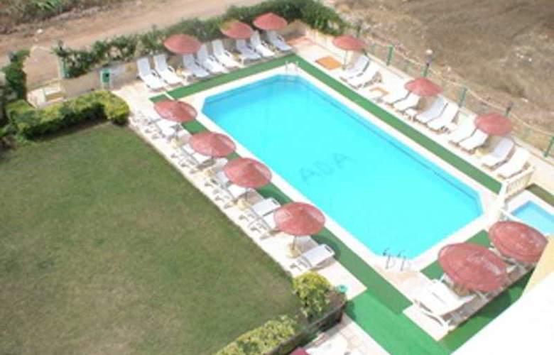 Sultan Apartment - Pool - 5