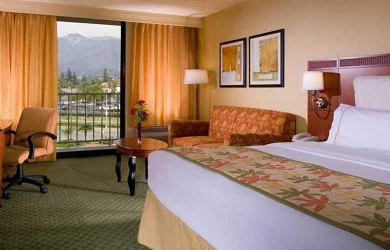 Courtyard Los Angeles Pasadena/Monrovia - Hotel - 15