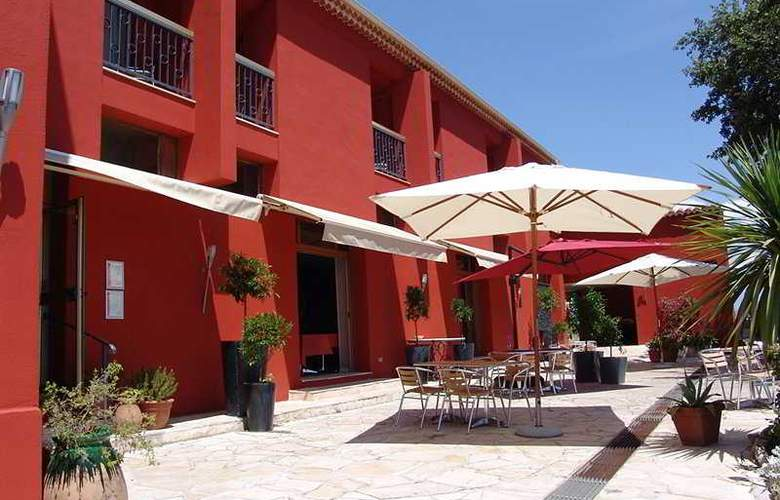 Mandarina Hotel - Terrace - 2