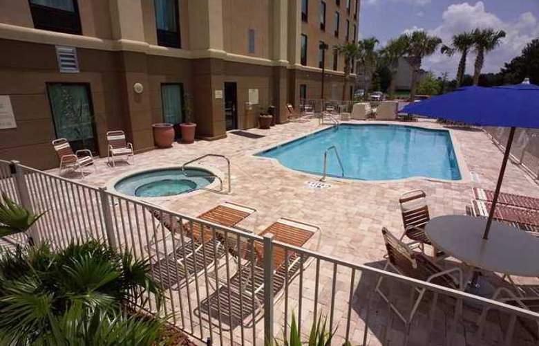 Hampton Inn & Suites Jacksonville-Airport - Hotel - 1