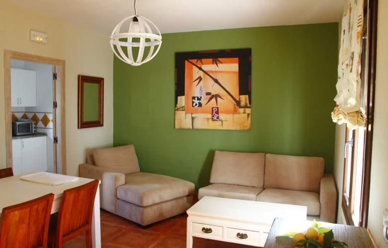Suites Cortijo Fontanilla - Room - 3