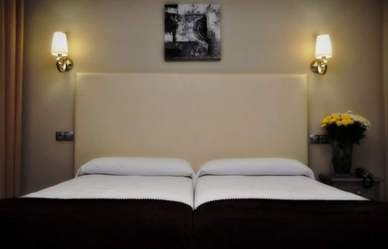 Doña Carmela Sercotel - Room - 16