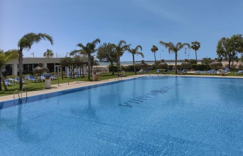 Puerto Bahia & Spa - Pool - 3