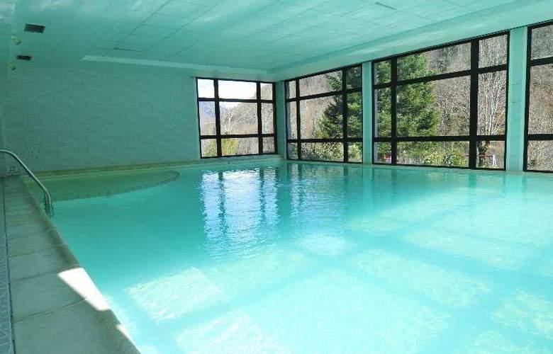 Hotel Club L´Ourson - Pool - 1
