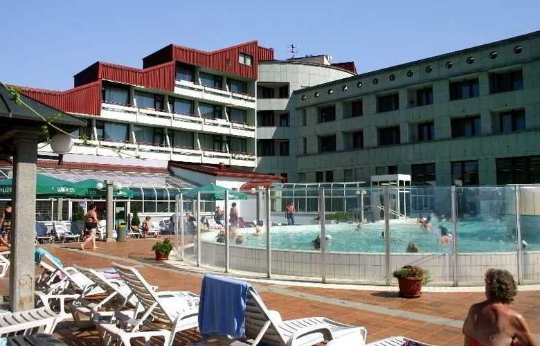 Lipa - Hotel - 0