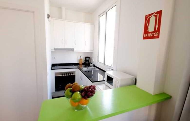 FGA Barceloneta Apartments - Room - 14