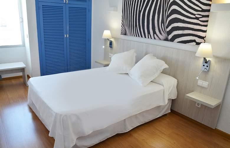 Playasol Tivoli - Room - 11