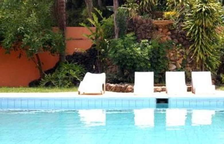 Hotel Gran Roca - Pool - 4