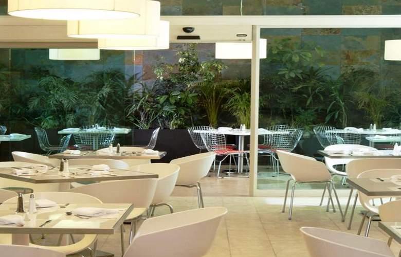 Fiesta Inn Merida - Restaurant - 76