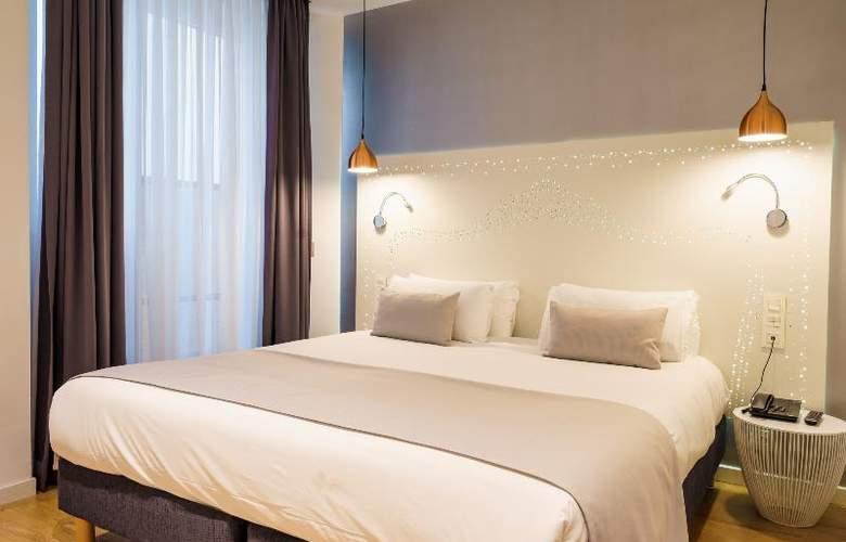 The Walt Madrid - Room - 2