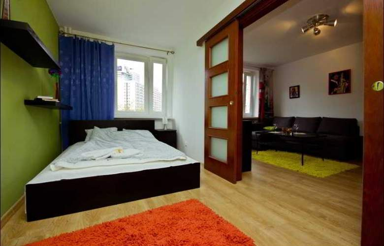 P&O Apartments Emilii Plater - Room - 1