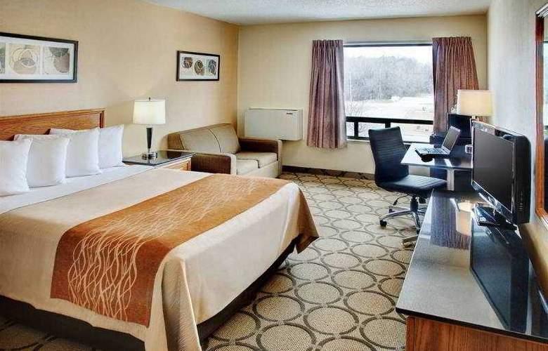 Comfort Inn Laval - Room - 0