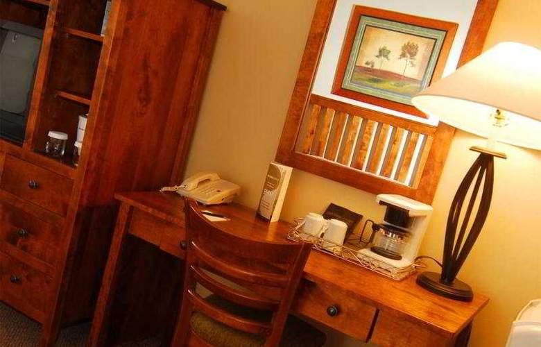 Tonquinn Inn - Room - 8