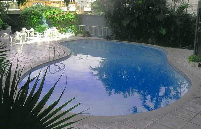 Conquistador Hotel Guatemala - Pool - 4