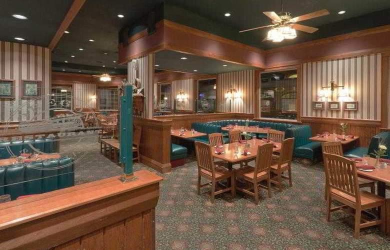 Holiday Inn West Yellowstone - Restaurant - 22