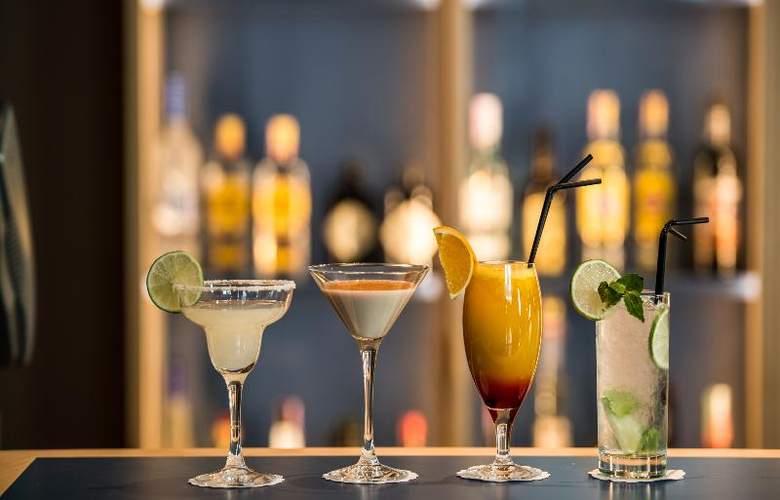 The Artist Porto Hotel & Bistro - Bar - 26