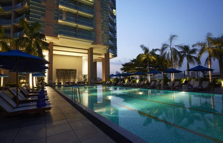 Chatrium Riverside Bangkok - Pool - 8
