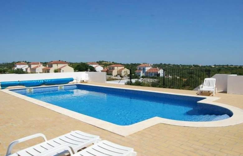 AH Villas - Pool - 5