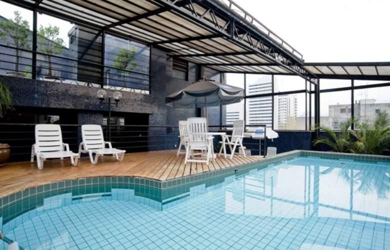 Slaviero Suites Curitiba - Hotel - 2