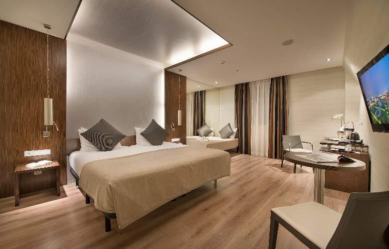 LOFT Bratislava - Room - 12