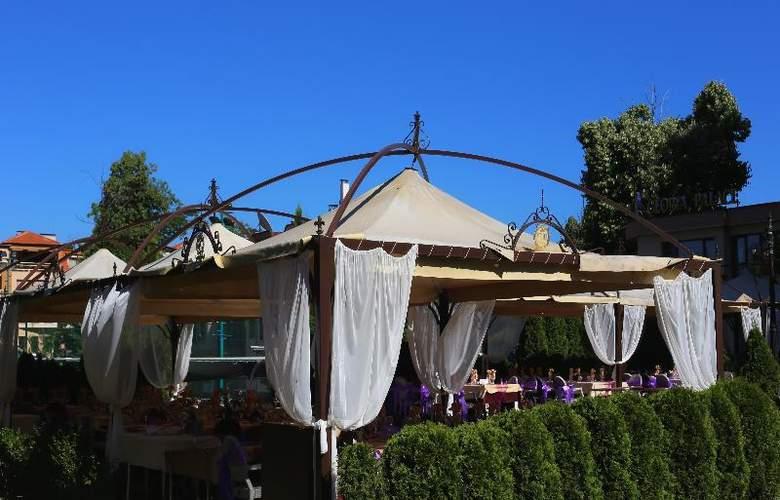 Holiday Village Diplomat - Restaurant - 12