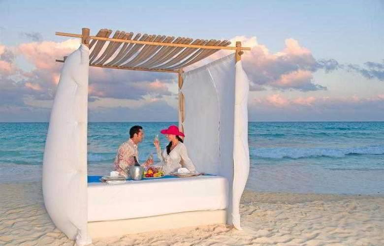 The Royal Playa del Carmen All Inclusive - Hotel - 1