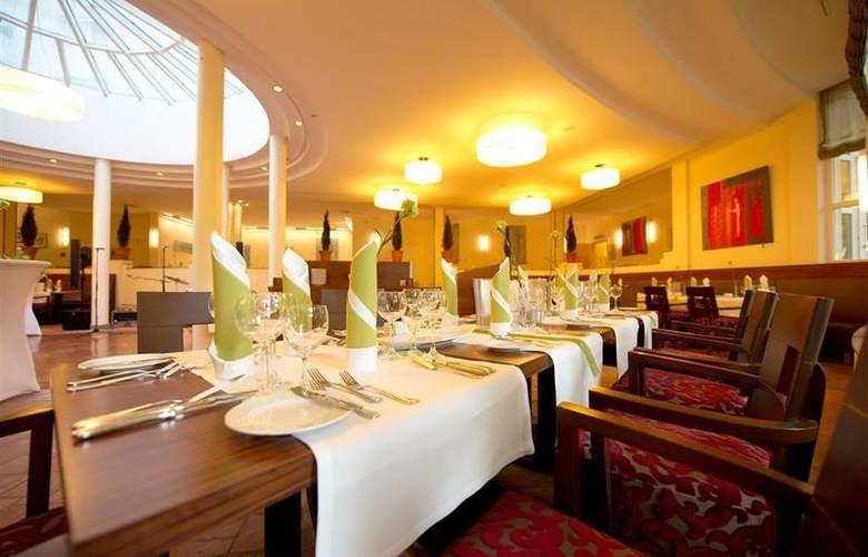 Best Western Premier Hotel Villa Stokkum - Restaurant - 79