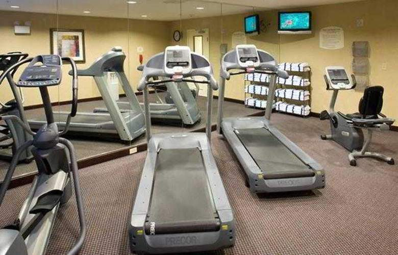 TownePlace Suites San Antonio Airport - Hotel - 1