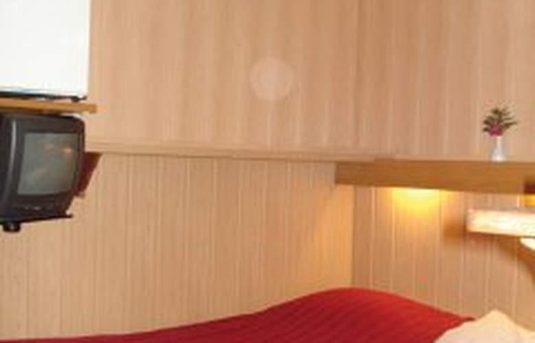 Nadia - Room - 2