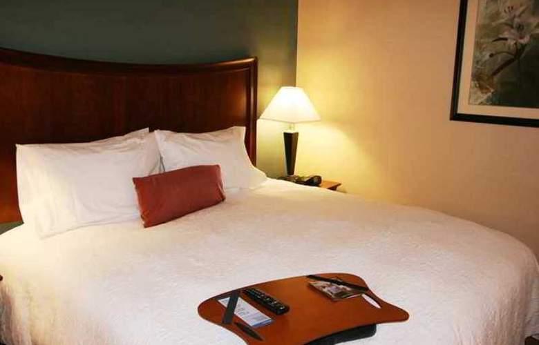 Hampton Inn & Suites Folsom - Hotel - 3