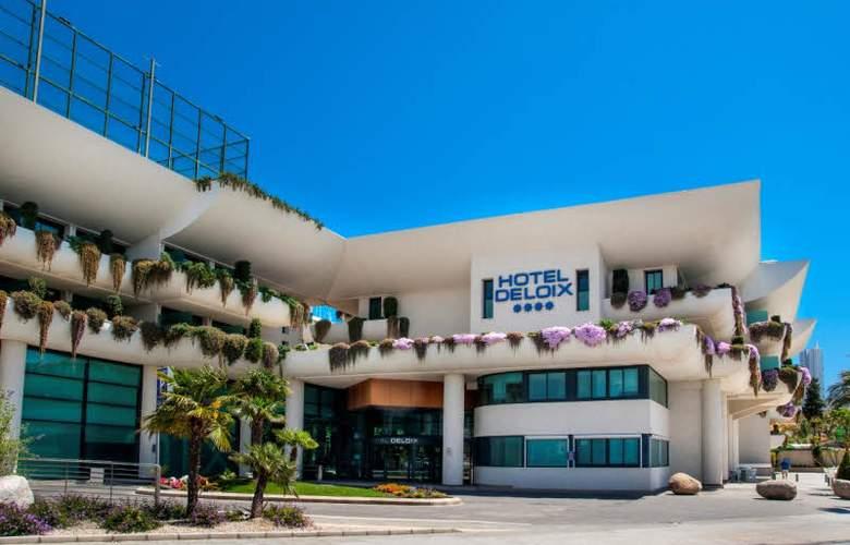 Deloix Aqua Center - Hotel - 0